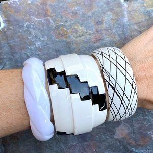 3 Vintage bracelets set bangles white black MOD